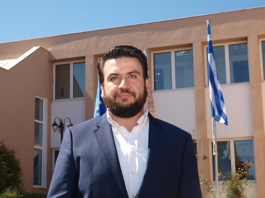 Μάνθος Λυδάκης
